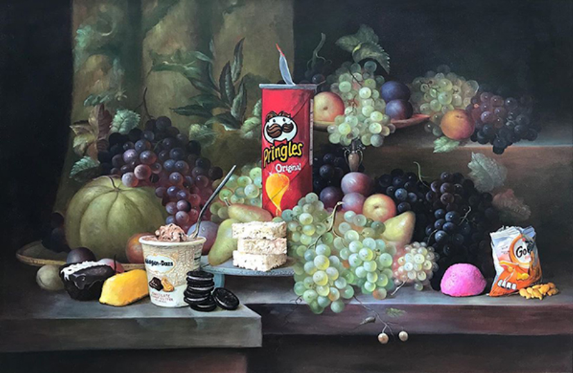 Pringles display with fruits